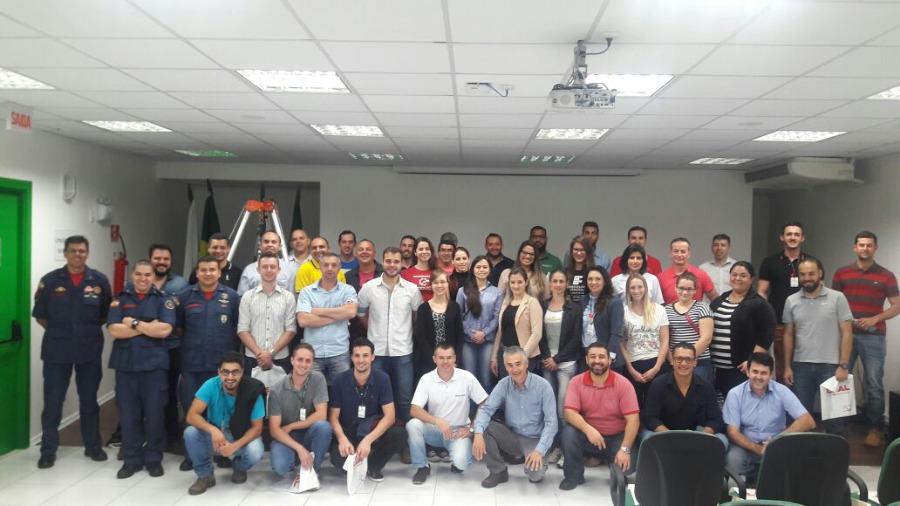 LEAL Realiza Workshop de NR33