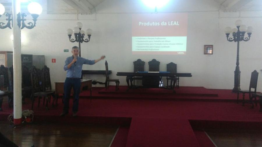 LEAL Realiza Palestra no Seminário da Abracopel
